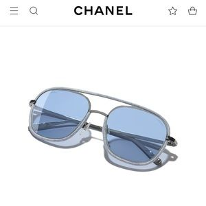 "💙$450. Chanel ""2019"" Sty. Silver/Blue Pilot NEW!"